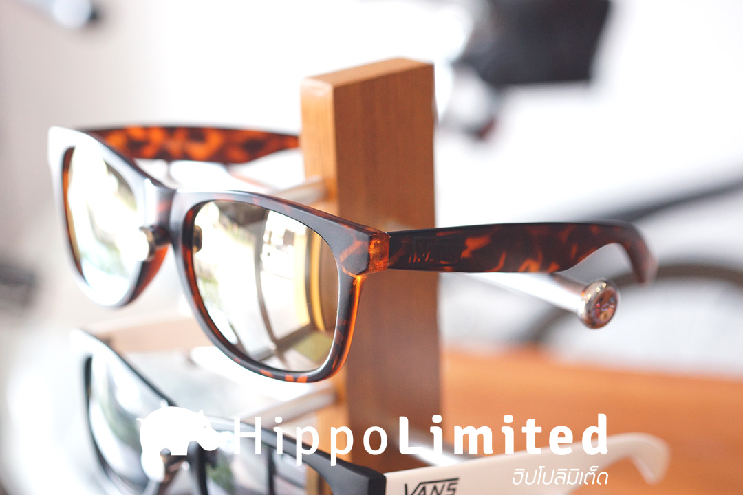 แว่น Vans Spicoli 4 Sunglasses - Matte Finish Walnut Tortoise