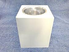กระป๋องลอยเหลี่ยมในกลม 15x15 cm.