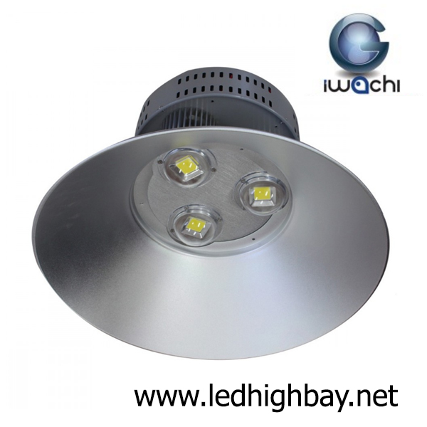 โคมไฮเบย์ LED 150w รุ่นมีพัดลมระบายความร้อน ยี่ห้อ Iwachi (แสงขาว)