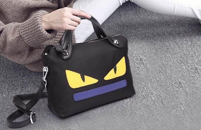 Fendi mini messenger bag สำเนา