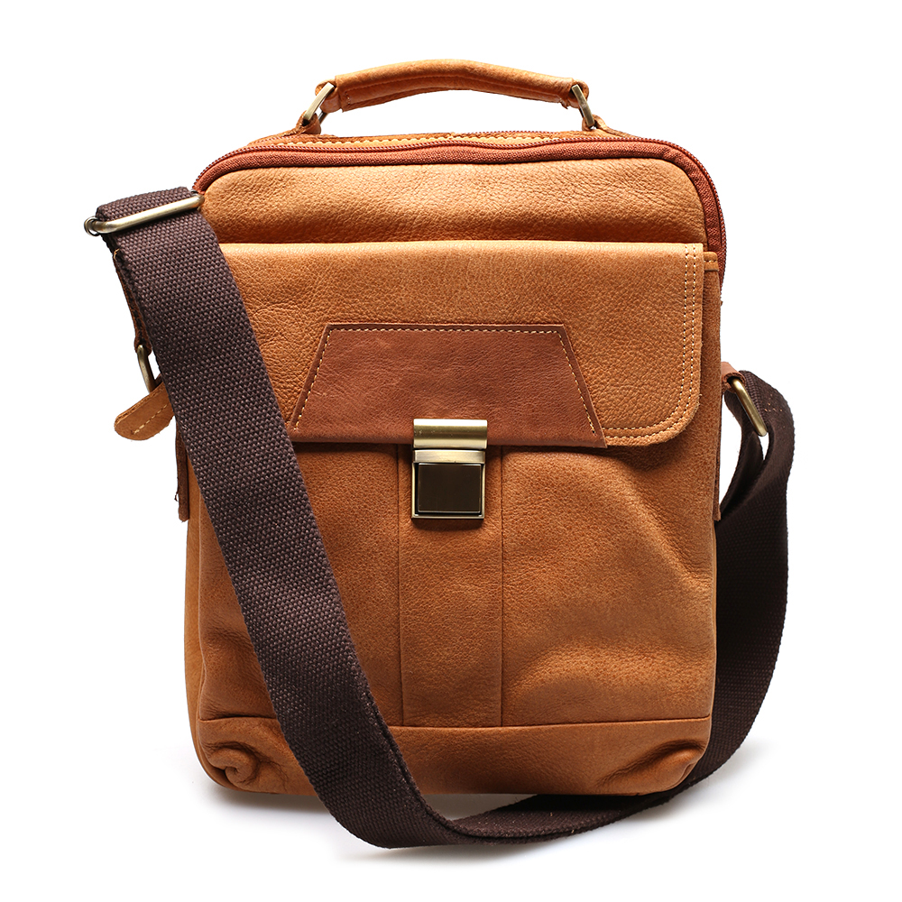 กระเป๋าสะพายข้าง สำหรับท่านชาย สามารถใส่ไอแพทและอุปกรณ์ต่างๆได้เยอะ หนังแท้ทั้งใบ
