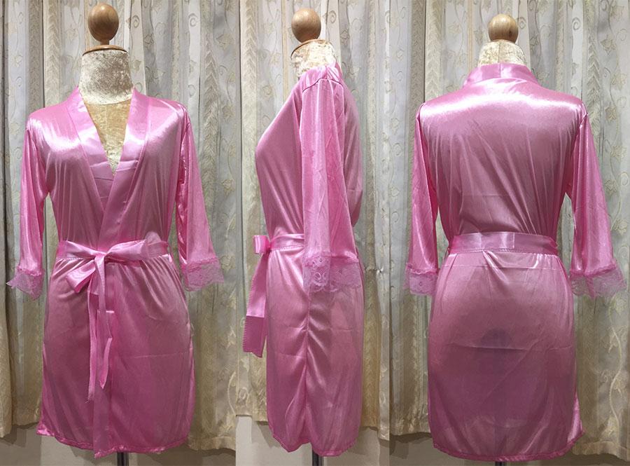เสื้อคลุม/ชุดนอนผ้าซาติน สีชมพู ปลายแขนประดับลูกไม้ ภาพจริง