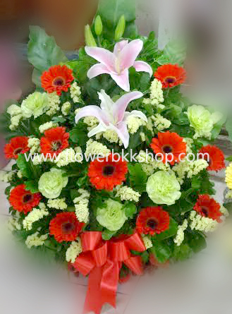 กระเช้าดอกไม้สด รหัส WBA01