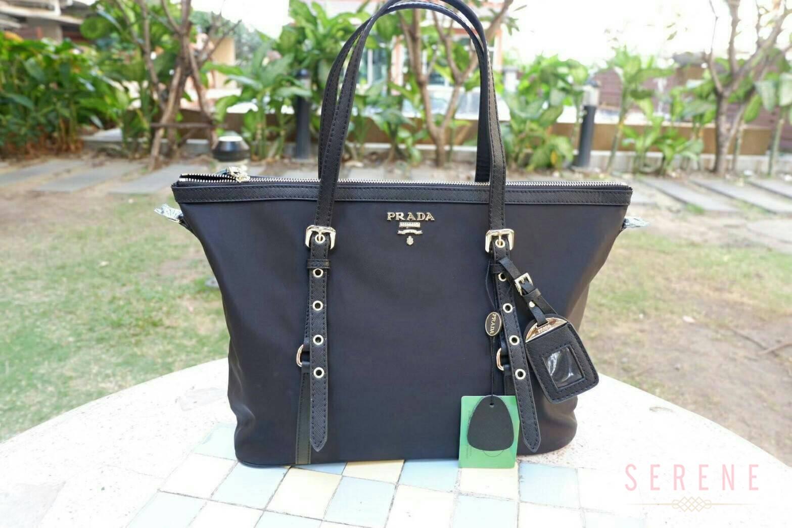 กระเป๋าอเนกประสงค์ PRADA Premium Gift จากเคาน์เตอร์ต่างประเทศ