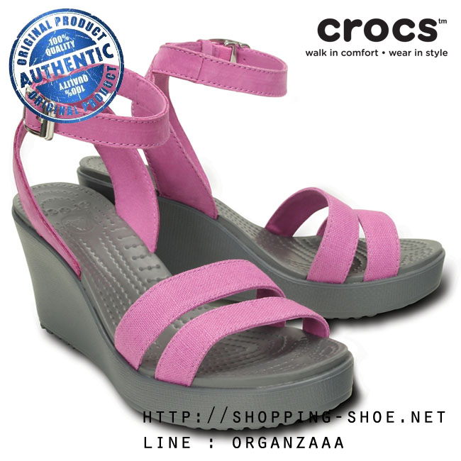 W6 (23 cm.) : Crocs Women's Leigh Wedge - Wild Orchid / Charcoal ของแท้ Outlet ไทยและอเมริกา