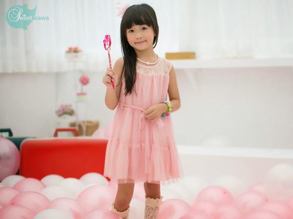 ชุดเดรสเด็กผู้หญิง สีชมพูอ่อนหวาน เย็บลูกไม้ กระโปรงชีฟอง