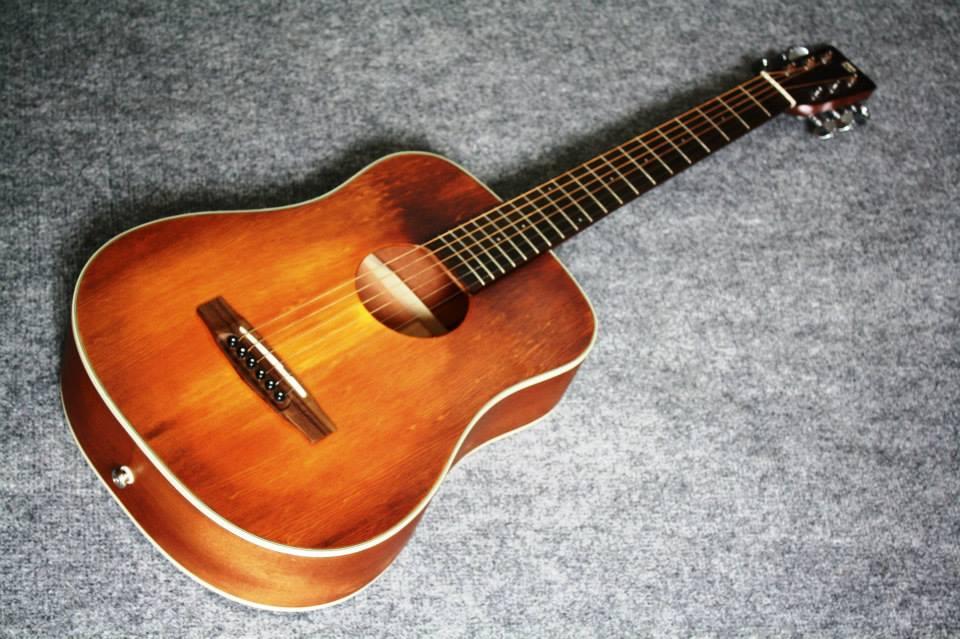 กีต้าร์โปร่ง Guitar Sen Custom Top Solid Spruce baby