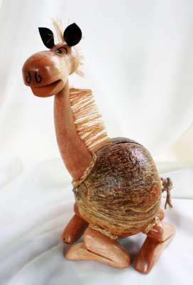 ออมสินกะลามะพร้าวลาน้อย Coconut Shell Saving Burro