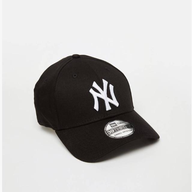 หมวก NEW ERA 39Thirty Cap NY สีดำ