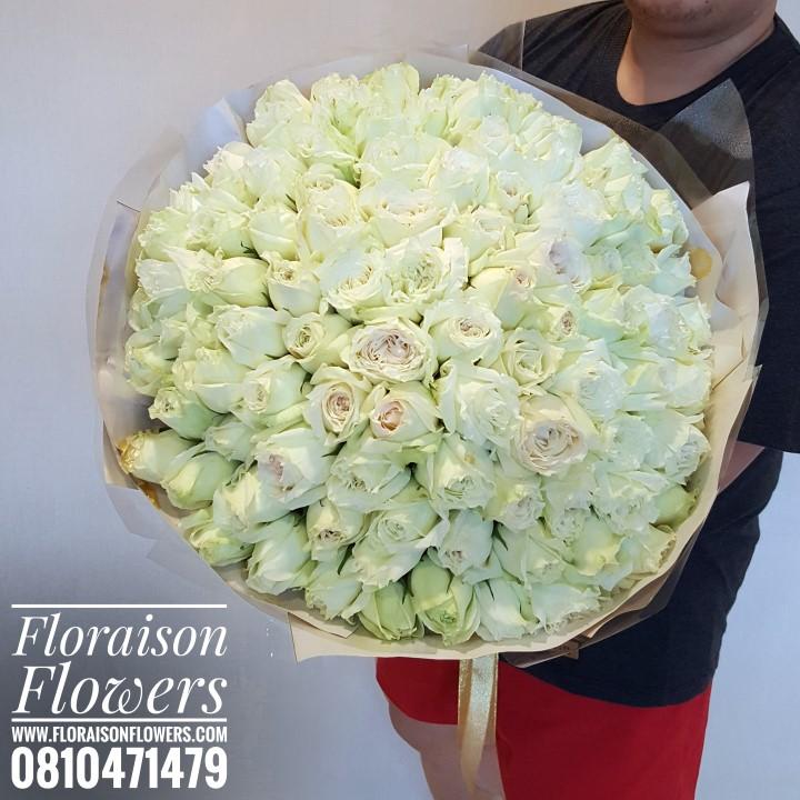 ช่อกุหลาบขาว 99 ดอก ( Premium )