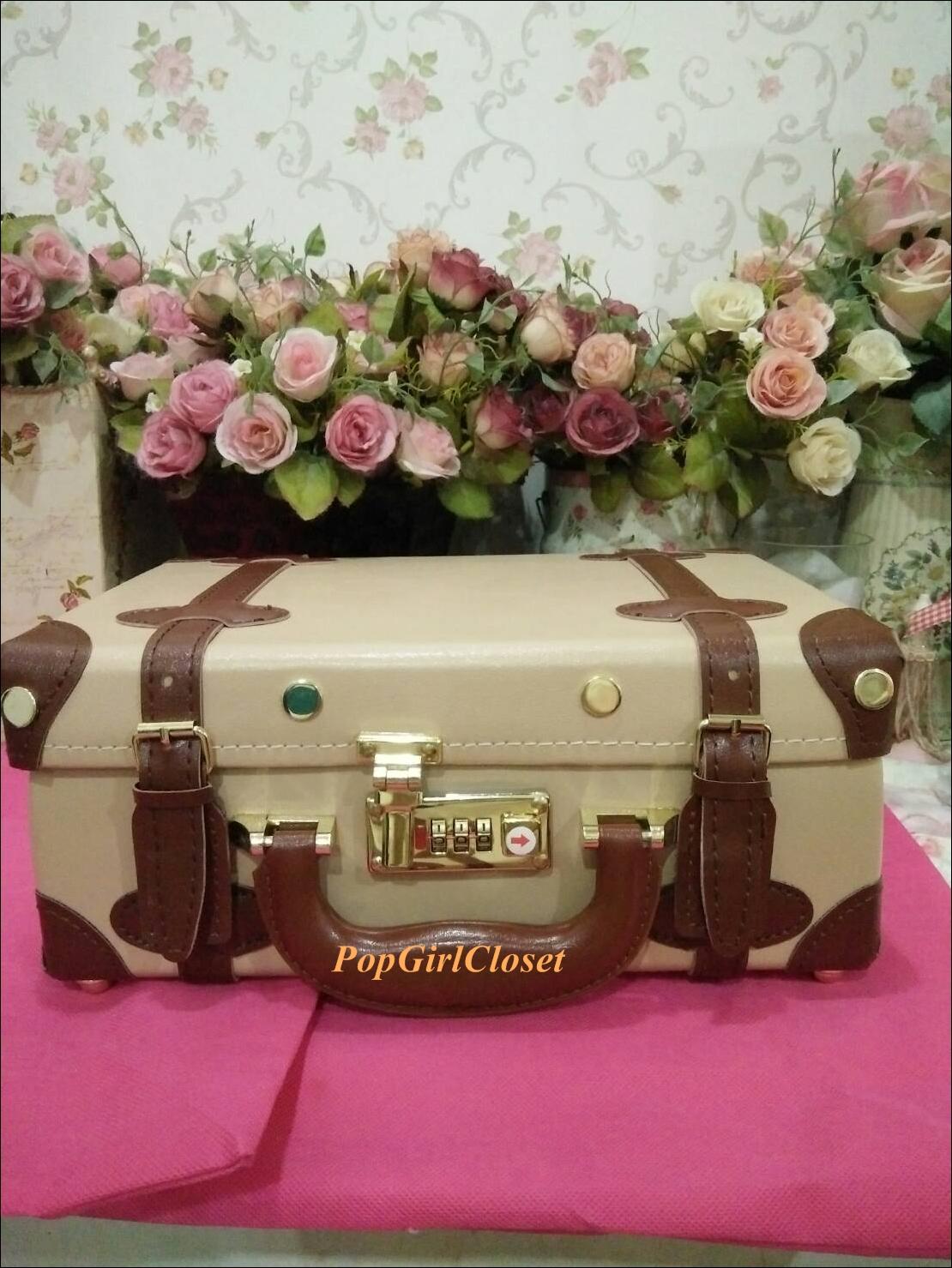 """กระเป๋าสะพายวินเทจสไตล์เกาหลี สีเบจคาดน้ำตาล ไซส์ 12"""" หรือ 14"""" Beige/Brown Beauty Bag Vintage Korea Style (Pre-order ราคาสินค้าอยู่ด้านใน)"""