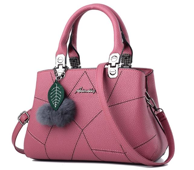 กระเป๋าสะพายข้างผู้หญิง Leather west (Misty pink) แถมพู่ขนๆ