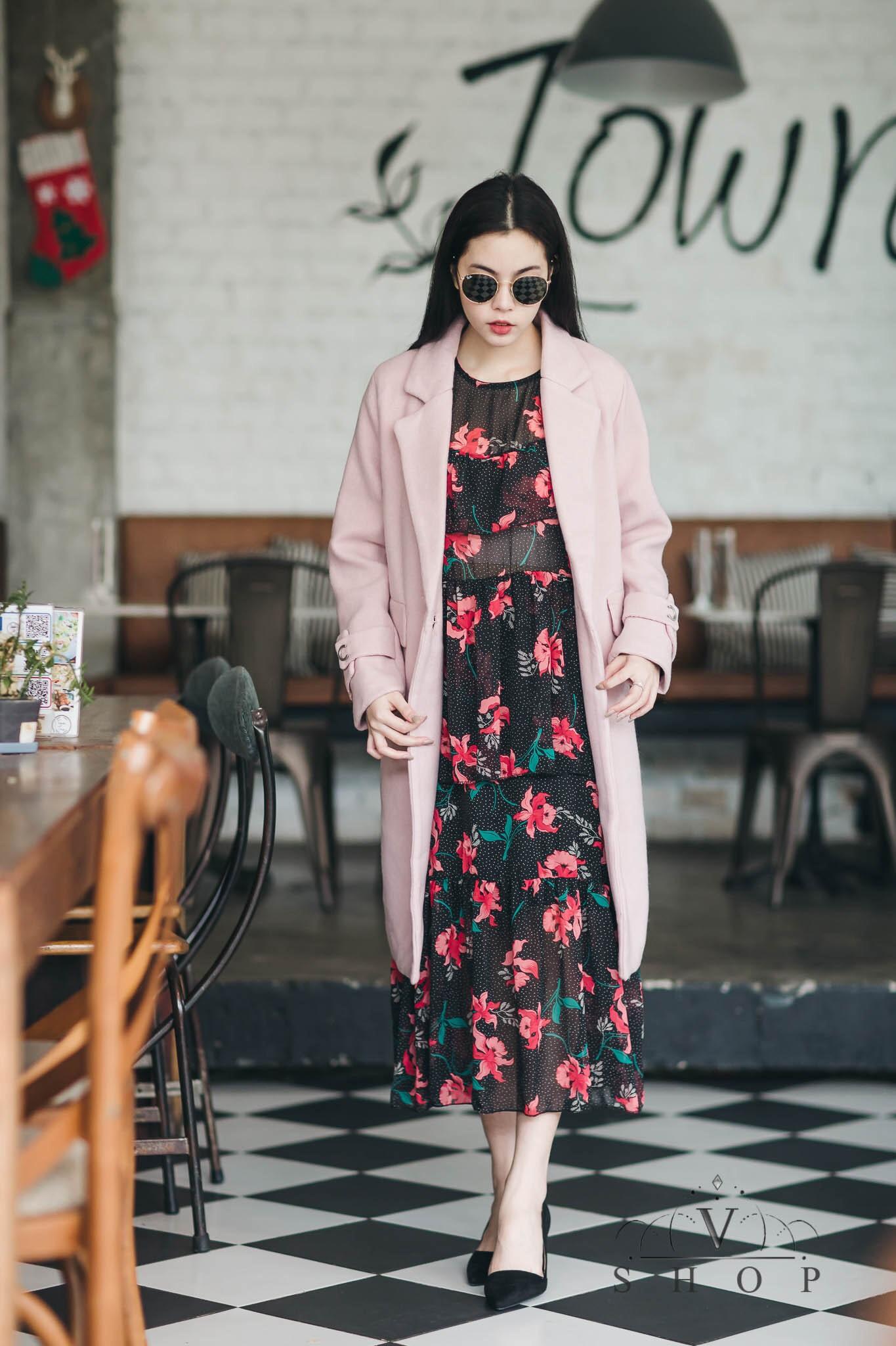 เสื้อโค้ชแฟชั่น สีชมพู