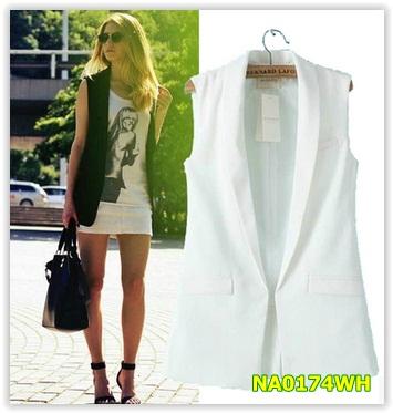 (พร้อมส่ง)เสื้อสูท/blazer สีขาว มีไซด์ S