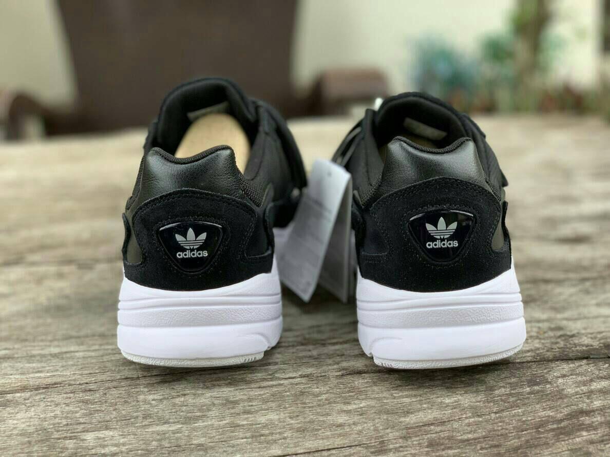 Mens Womens Shoes Adidas Falcon Core Black White B28129 ป้ายนอก ... 38c957321
