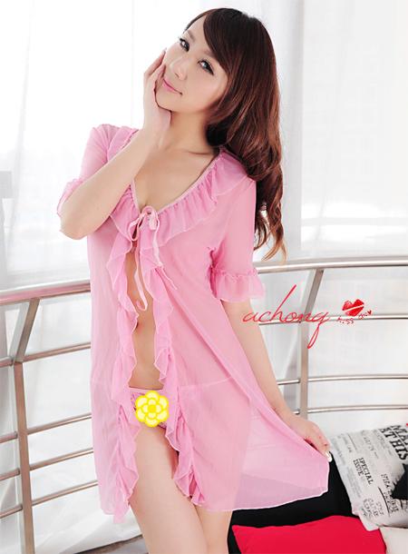kkm030 ชุดนอน ชุดคลุม สีชมพูหวาน ผ้านิ่มซีทรู พร้อมจีสตริง ชุดสวยคะ
