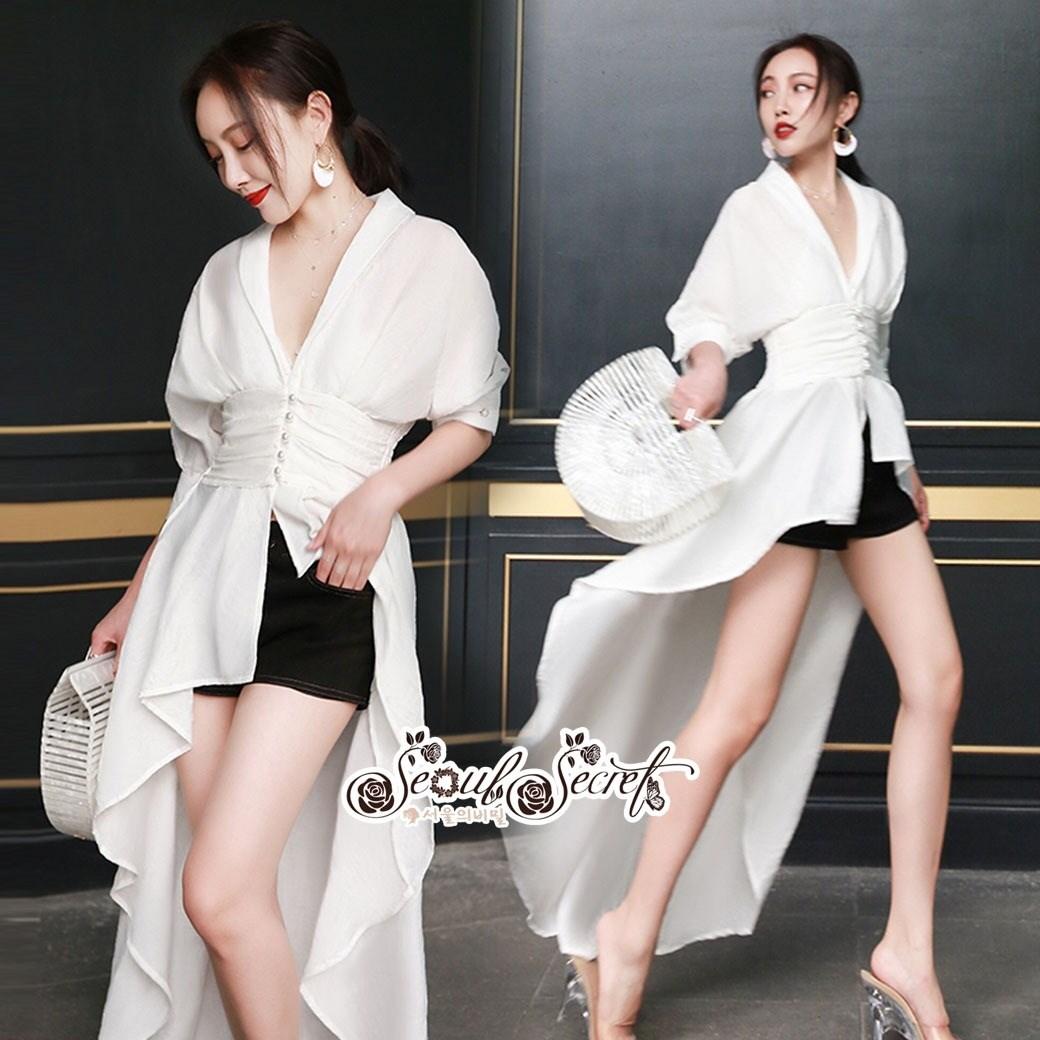 เสื้อผ้าเกาหลี พร้อมส่ง เสื้อเนื้อผ้าคอตตอนสีขาว