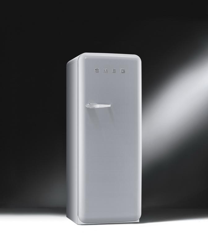 ตู้เย็น SMEG รุ่น FAB28RX1