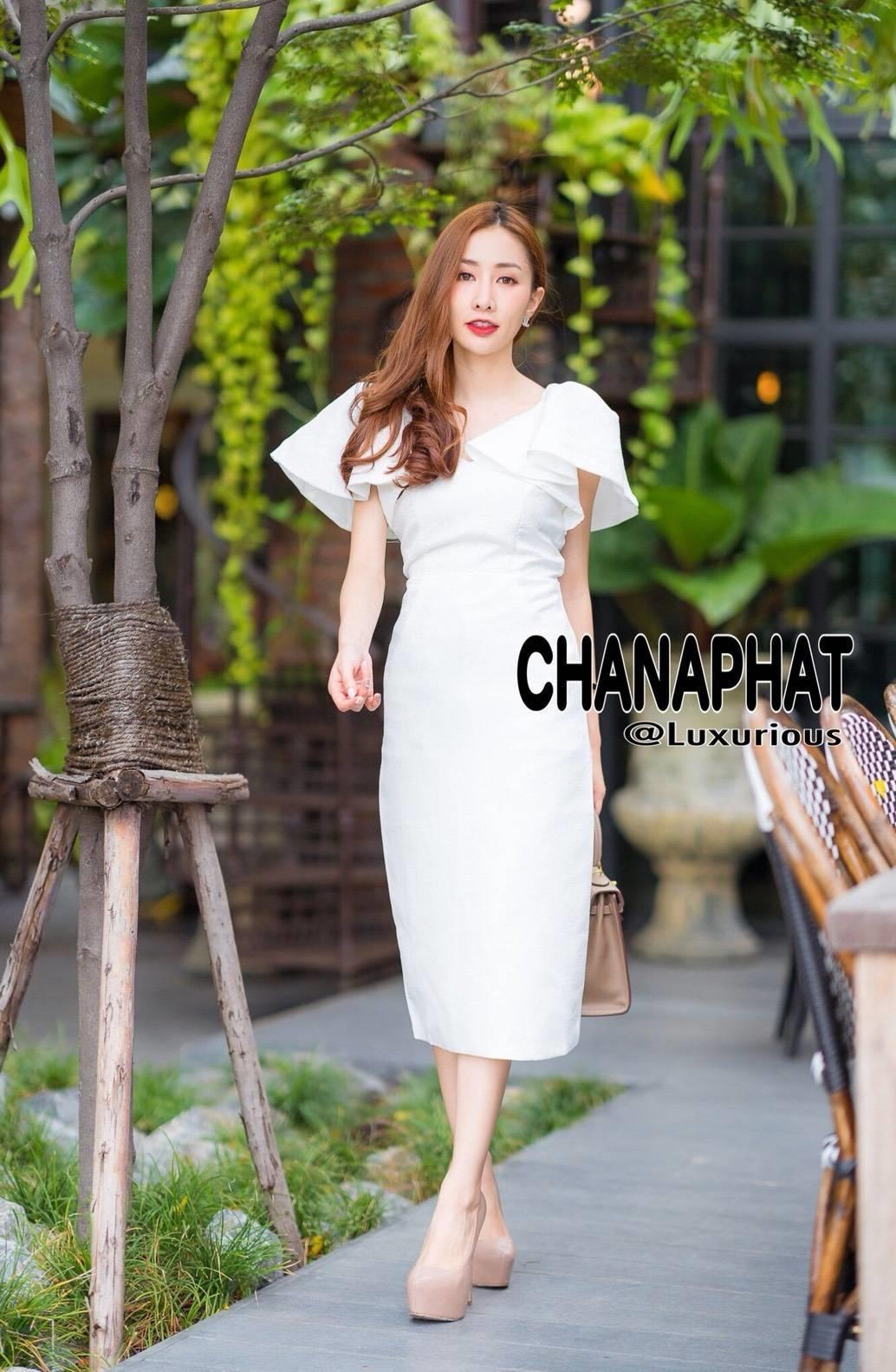 เดรสเกาหลี พร้อมส่ง Maxi dress คอวี