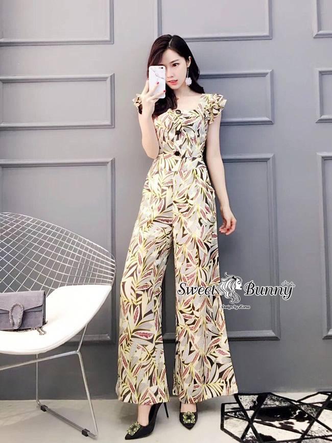 ชุดเซทแฟชั่น ชุดเซ็ทเสื้อ+กางเกงเกาหลี ผ้าเนื้อดีพิมพ์ลายใบไม้ทั้งชุด
