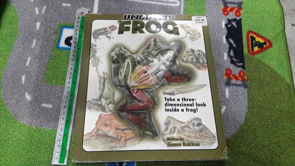 หนังสือ Uncover a frog