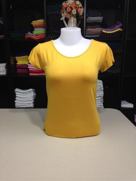 """เสื้อยืดคอกลม สีเหลืองเข้ม size """"M"""""""
