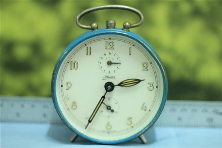 T0620 นาฬิกาปลุกเยอรมันโบราณ kaiser ส่ง EMS ฟรี