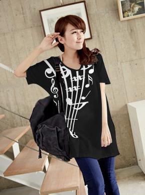 เสื้อยืดเกาหลี ตัวยาว ลาย ตัวโน้ต II สีดำ