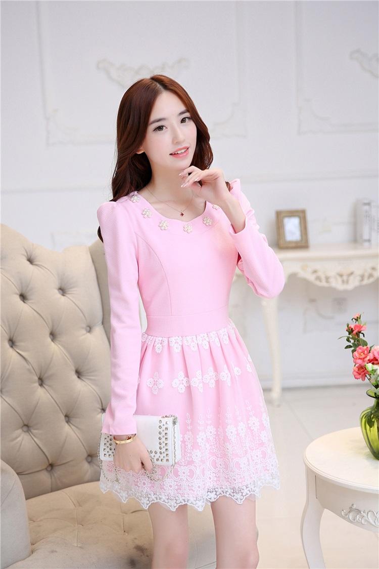 ชุดเดรสสวยๆ ผ้าคอตตอนผสม สีชมพู แขนยาว แฟชั่นมาใหม่