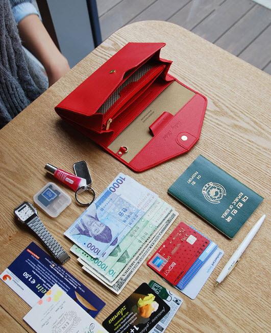 กระเป๋าจัดเก็บพาสปอร์ตสไตส์เกาหลีสีแดง