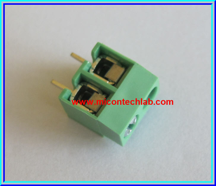 1x SCREW TERMINAL BLOCK 2 PINS Pitch 5.0mm 300V/10A GREEN COLOR